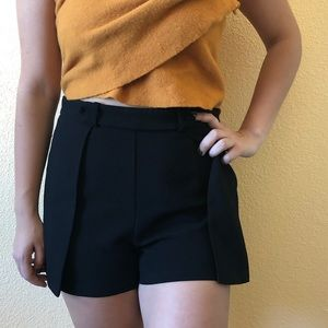 Sophisticated black shorts
